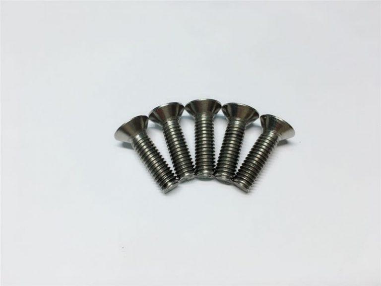 M3, M6 टाइटेनियम स्पाइनल सर्जरीको लागि फ्लैट हेड सकेट हेड क्याप टाइटेनियम फ्लेंज स्क्रू